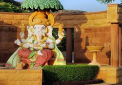 25+ Best Ganesh Chaturthi Wishes in Hindi and English