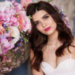 125+ Top 2 Line Love Romantic Shayari in Hindi for Girlfriend